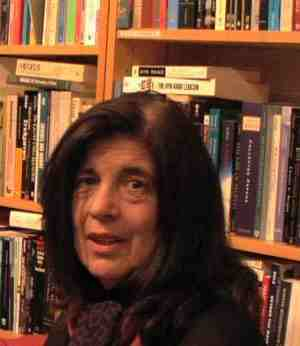 susan sontag women essay Sontag on persona according to this account, persona tells the story of two women one is a successful actress, evidently in her mid-thirties.